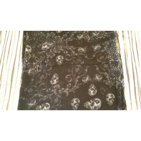 049c682efe33 Foulard Skull Ivy Noir - Foulard   Accessoire   Foulard